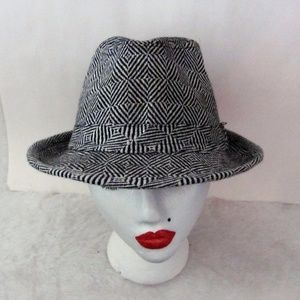 e51e2c7e176b5 New Ann Taylor Navy knit hat.  10  59. Perfect Navy Pom Hat. Perfect Navy  Pom Hat.  16  0. Lot of 6 hats  herringbone felt raffia woven straw